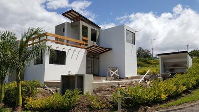 Casa Cabaña En Construcción En Club Pasizara Pasisara