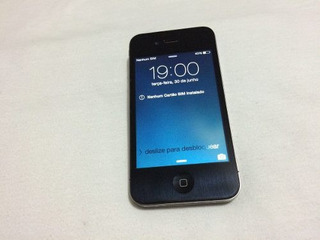 iPhone 4,desbloqueado 8g Aceito Trocas