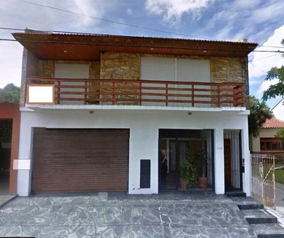 Chalet 4 Amb. + Local + Depto En Venta