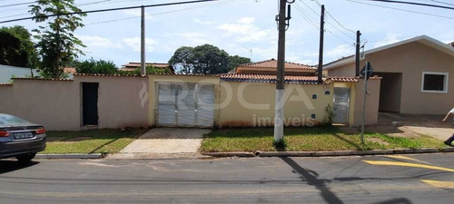 Venda De Casas / Padrão  Na Cidade De São Carlos 28127