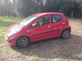 Peugeot 107 Limited 1.0 Rojo Scarlet