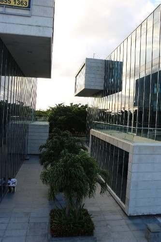 En Renta Edificio Comercial Blau Center C2415