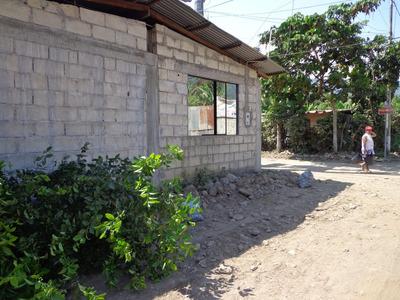 Se Vende Un Terreno Con Casa, En Leoncio Prado-tingo Maria