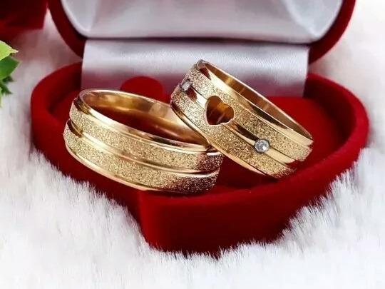 Par Anel De Compromisso Dourado Aço Inoxidável