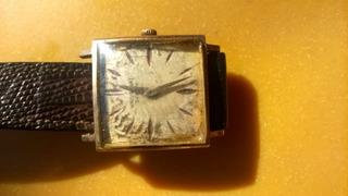 Reloj Universal Geneve.