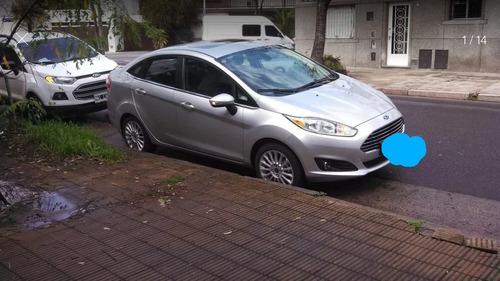 Ford Fiesta Kinetic Design 1.6 Sedan Titanium 120cv 2014