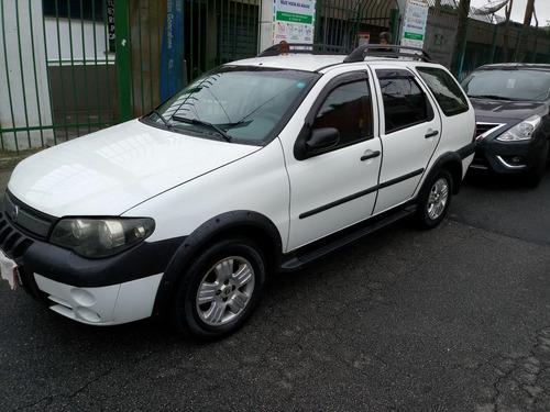 Imagem 1 de 11 de Fiat Palio Adventure 2006 1.8 Flex 5p