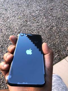 iPhone SE 64gb (2ª Geração) 3gb Ram - Lacrado