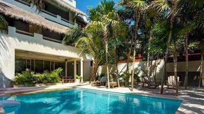 Hermosa Villa De Lujo Con 6 Recamaras Y Una Espectacular Vis