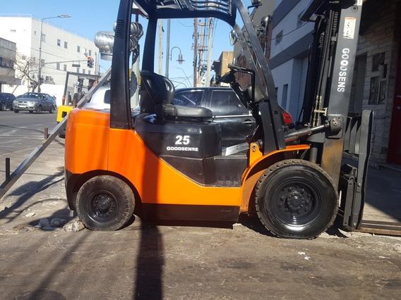 Autoelevador Goodsence 2500 Kg Diesel C/ Desplazador Lateral