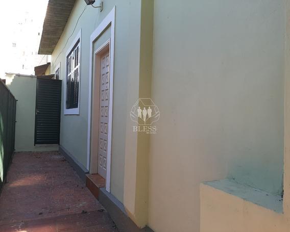 Casa Para Locação Independente No Centro, Jundiaí - Sp(somente Com Fiador/seguro Fiança E Direto Com A Imobiliária) Não Tem Garagem. 2 Dormitórios Grandes, 1 Sala, 1 Cozinha, 1 Ban - Ca01151 - 680635