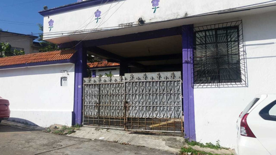 Remato Casa Con 3 Niveles, Chochera Y Pozo En Minatitlan
