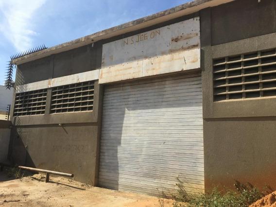 Galpon En Los Haticos Detras Del Terminal