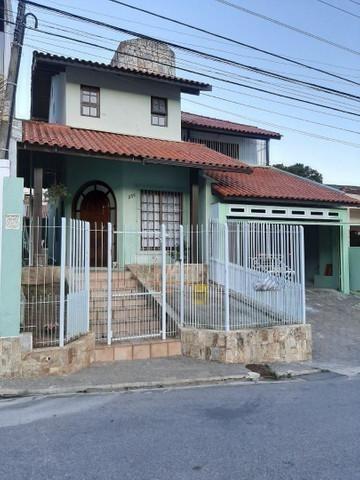 Casa Com 3 Dormitórios À Venda, 220 M² Por R$ 1.100.000,00 - Saco Dos Limões - Florianópolis/sc - Ca3568