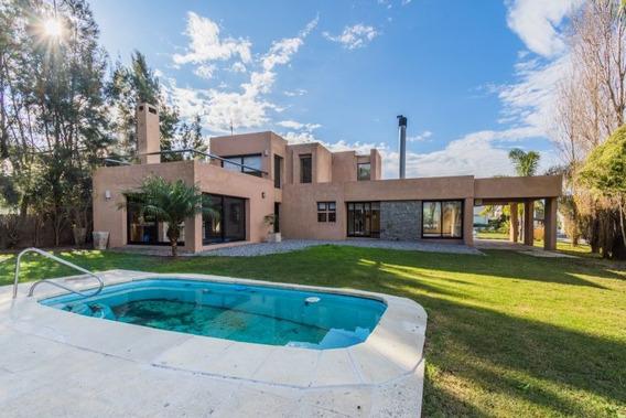 Casa En Alquiler De 4 Dormitorios En Altos De La Tahona