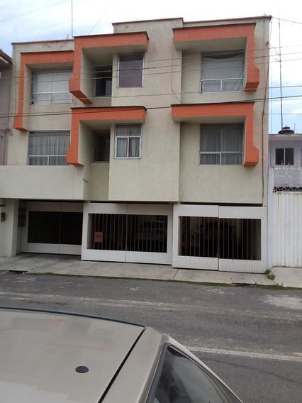 Se Renta Departamento Frente A Plaza San Pedro