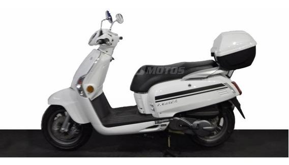 Kymco Like 125 0km Scooter Unomotos El Mejor Precio