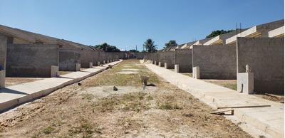 30 Casas Em Um Condominio Fechado Em Novo Gama