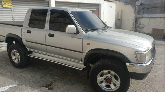 Toyota Hilux 3.0 Sr Cab. Dupla 4x4 4p 2004