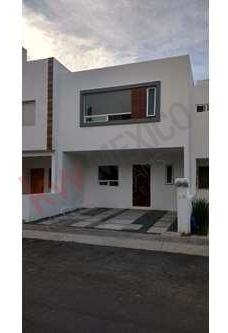 Casa Sonterra Moderna Amplia Y Equipada ,