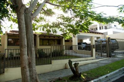 Citymax Vende Amplia Casa En La Zurza I Santiago. Rd.