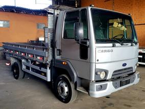 Ford Cargo 816 S - 2014 (baixa Km)
