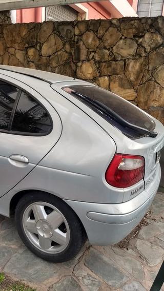 Renault Mégane Expression Bic 1.6v