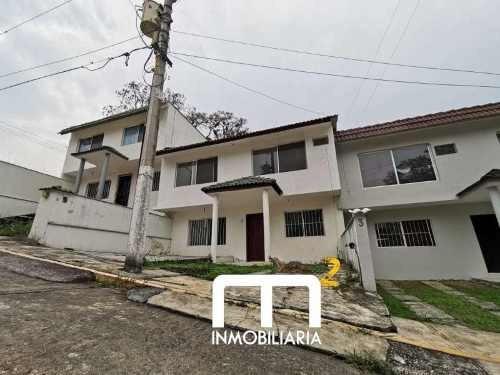 Casa Sola En Renta Fraccionamiento Campestre