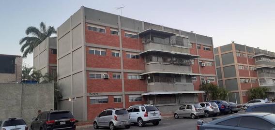 Apartamento En Venta En Barquisimeto #20-10594