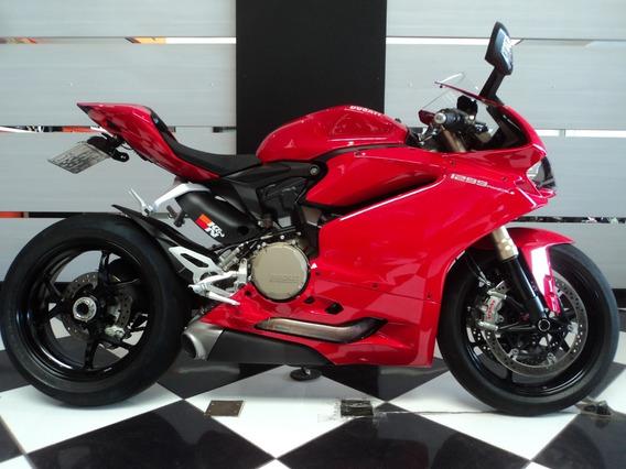 Ducati Panigale 1299 Vermelha 2016