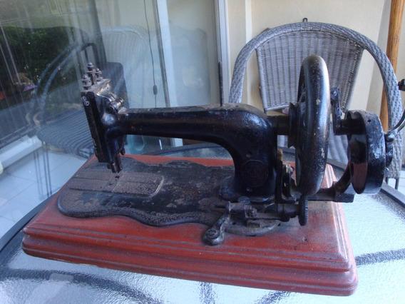 Antiga Máquina De Costura - Para Decoração