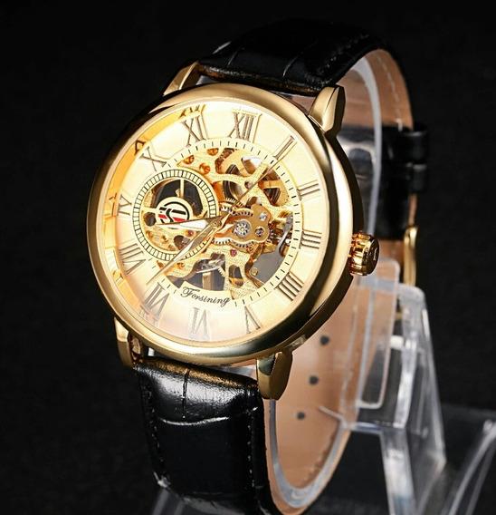 Relógio Máquina Transparente