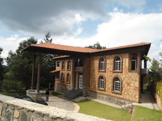 Casa Residencial En Venta En Pátzcuaro