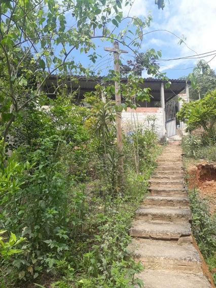 Casa Com 2 Dorms Sendo 2 Suite, Sala, Cozinha, Lavanderia