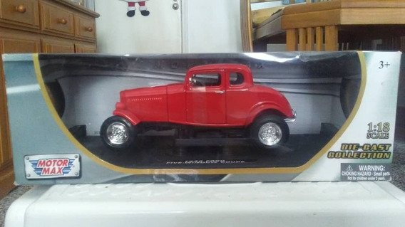 Ford 1932 Five-window Coupe Escala 1:18