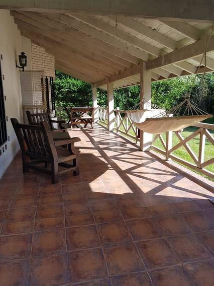 Hermosa Casa Quinta En Ezeiza . Barrio El Trebol .