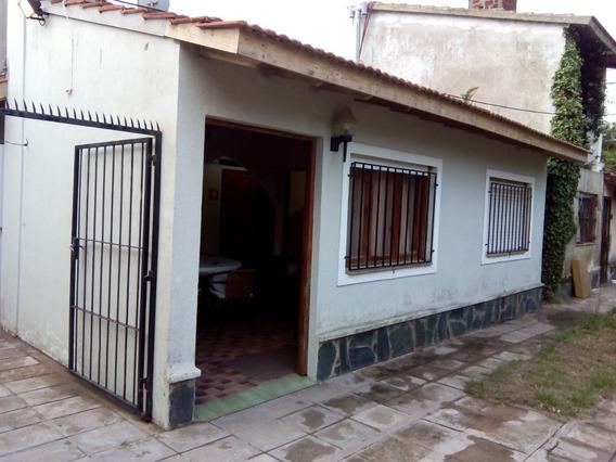 Duplex A Metros Del Mar: Zona Residencial