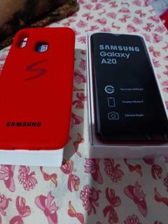 Celular Samsung A20 Vermelho