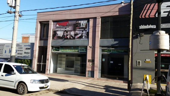 Venta De Local Mas Vivienda En Dos Plantas Moreno Centro.