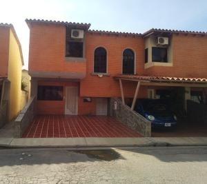 Townhouse En Venta Aves De Paraiso Carabobo 20-1993 Rahv