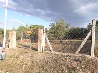 Villa Los Aromos - Ruta 5 - Terreno Con Mejoras