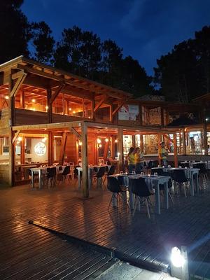 Excelente Restaurant Trabajando En Mar De Las Pampas.