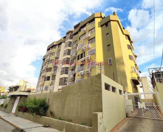 Apartamento En Venta Urb. La Soledad 20-23051 Jcm
