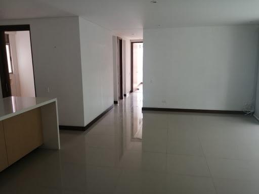 Apartamento En Arriendo Poblado 622-13924
