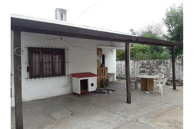 Casa En Pilar, Excelente Ubicación