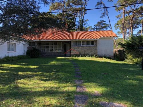 Casa En San Rafael, 3 Dormitorios *- Ref: 3108