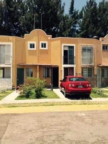 Casa En Venta Rumbo De Tesistán.