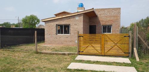 Venta Casa Un Dormitorio Estrenar  Bosque Azul Roldan