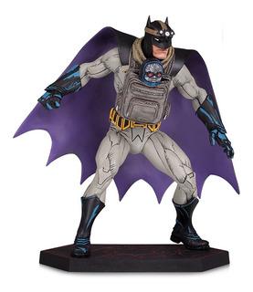 Dark Nights: Metal Batman Con Baby Darkseid Dc Collectibles