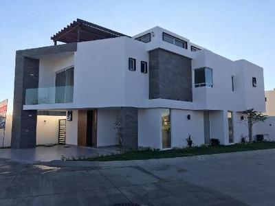 Casa En Venta En El Molino Residencial León, Gto